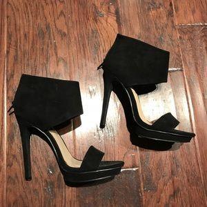 Forever 21 black heels. Size 6